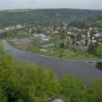 Výhled z hradiště Řivnáč